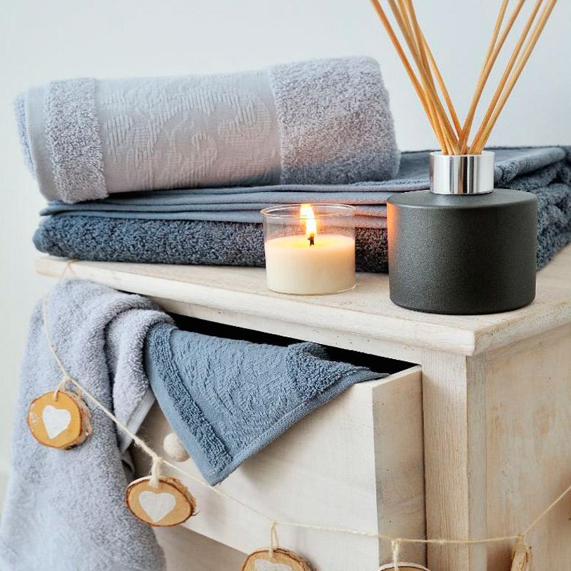 Accesorios de decoración y textil para el baño