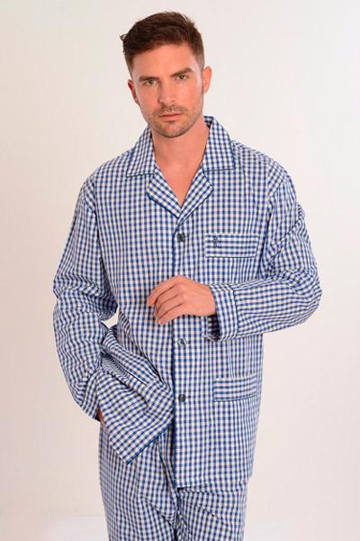 Catálogo de pijamas de tela para hombres en Irun