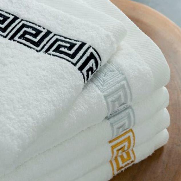 Toallas clásicas para el baño en Cpmercial Salo