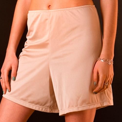 Combinación para falda corta en color nude