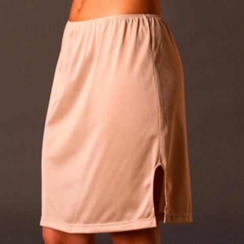 Combinación para falda en color carne
